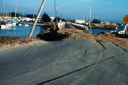 Dock after 1989 Lomo Prieta earthquake.